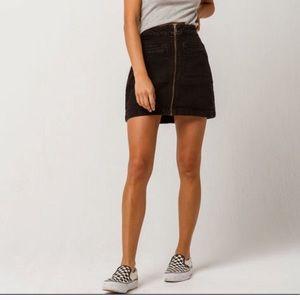 ROXY • Black Denim Zipper Front Skirt Sz 6